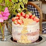 Strawberry Short Cake w/ Vanilla Mascarpone Icing